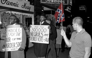 ConfederateFlag-counterprotester